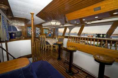 Salon Bar on King Snefro 3 Liveaboard Diving Motor Yacht in Sharm el Sheikh Egypt