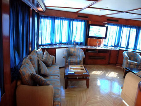 Interior Salon of M/Y Spirit Liveaboad Diving Motor Yacht in Sharm el Sheikh Egypt